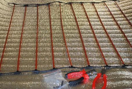 Монтаж карбонового теплого пола под плитку