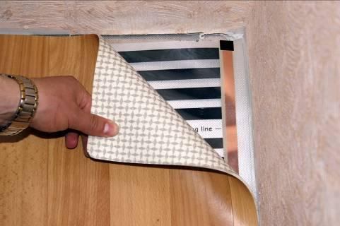 Теплый пол под линолеум – делаем электрический пол своими руками