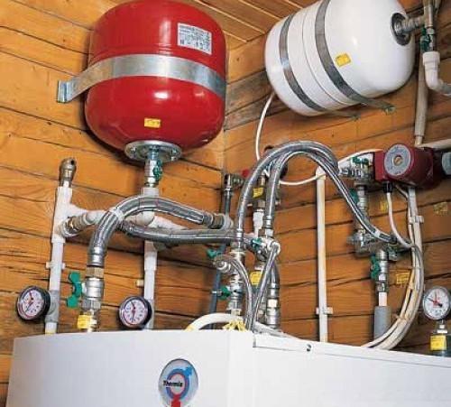 Почему растет давление в закрытой системе отопления
